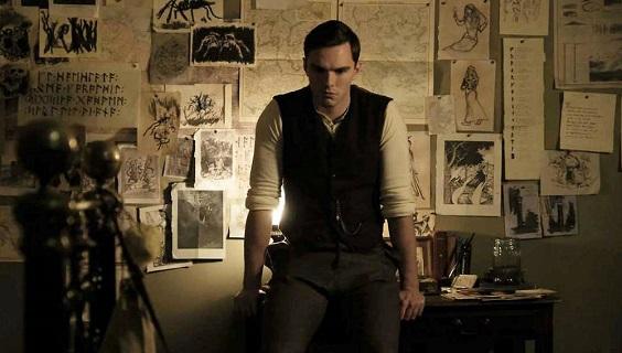 Nicholas Hoult interprète Tolkien au cinéma